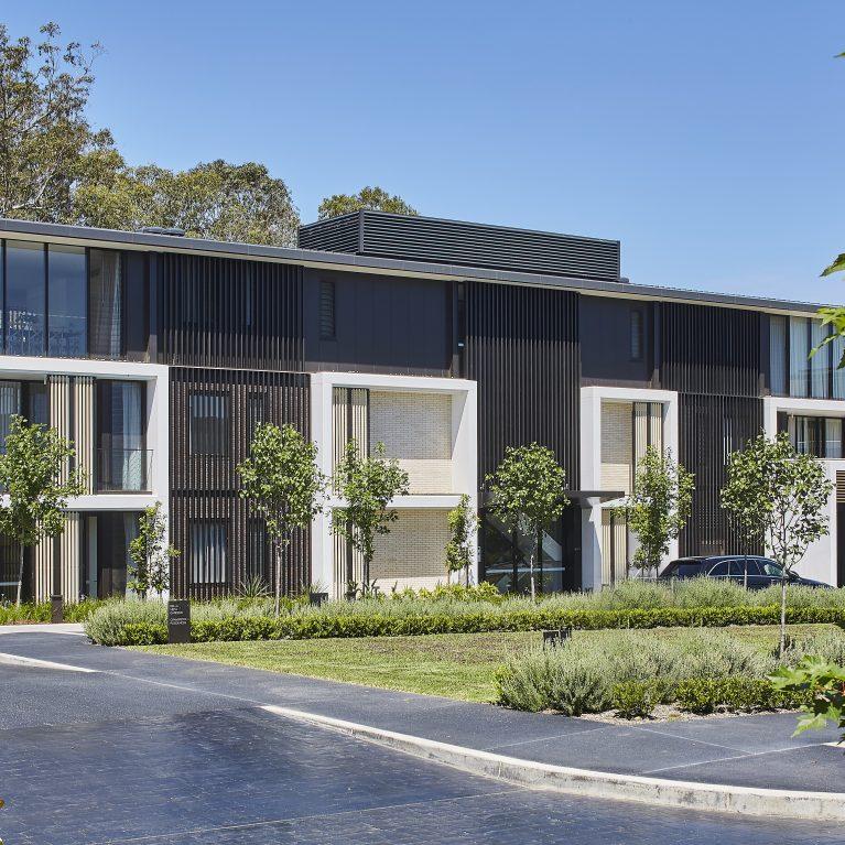 I rivestimenti esterni e i frangisole WoodN sono protagonisti anche in Australia, presso il Cranbrook Residence Bella Vista di Sydney