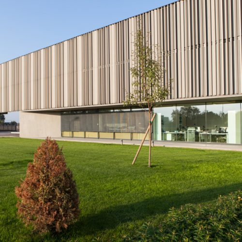 Frangisole Woodn Industries - Cuneo - The historic luxury tannery in Cuneo selected WoodN Industries sunshades 2