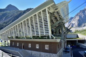 I frangisole WoodN Industries sfidano il Monte Bianco - WoodN Industries sunshades take on Mont Blanc
