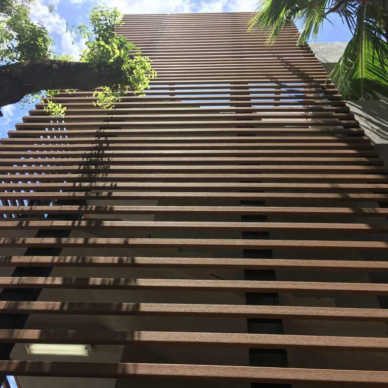 """WoodN enhances the exclusive """"L'Uccello"""" residential complex, designed by Krug in Miami"""